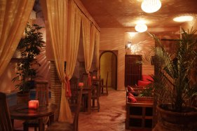 Salon du riad Azenzer