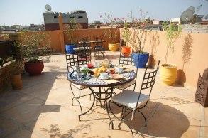 petit déjeuner au soleil marrakech medina