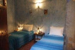 Chambre familiale au Riad Azenzer, riad avec piscine à Marrakech